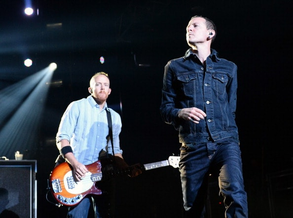 "LAS VEGAS, NV - JANUARY 10:  Bassist  David ""Phoenix"" Farrell (L) and singer Chester Bennington of Linkin Park perform at The Joint inside the Hard Rock Hotel & Casino on January 10, 2014 in Las Vegas, Nevada.  (Photo by Ethan Miller/Getty Images)"