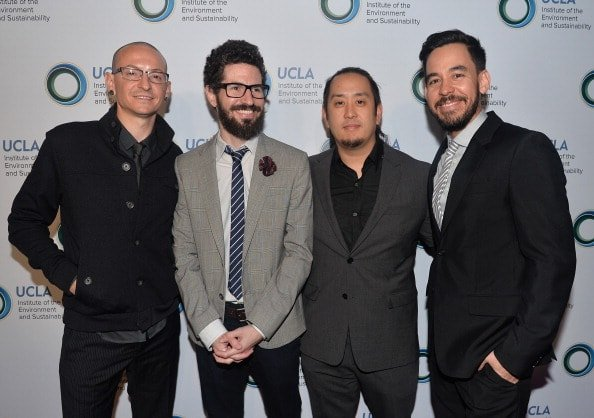 BEVERLY HILLS, CA - MARCH 21:  (L-R) Chester Bennington, Brad Delson, Joe Hahn and Mike Shinoda of Linkin Park attend An Evening of Environmental Excellence presented by the UCLA Institute of the Environment and Sustainability on March 21, 2014 in Beverly Hills, California.  (Photo by Alberto E. Rodriguez/Getty Images)