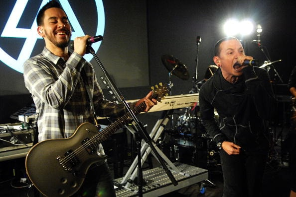 NEW YORK - FEBRUARY 20:  Mike Shinoda and Chester Bennington of Linkin Park perform at the Apple Soho Store on February 20, 2008 in New York City.  (Photo by Rob Loud/Getty Images)